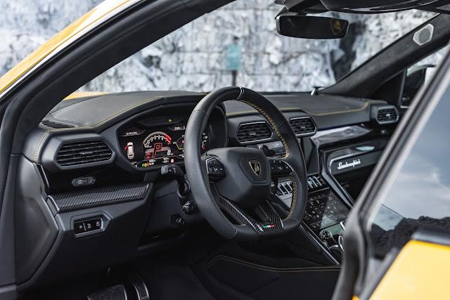 まさに怪物SUV!マンハートが「ランボルギーニ・ウルス」を812馬力にカスタム!