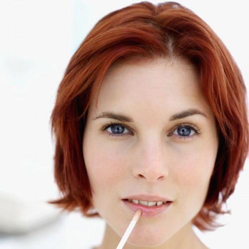 Use minimal makeup - Makeup and Beauty Tips