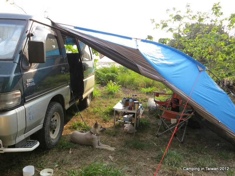 Camping Inbetween A 5 Star Resort And 3 Campsite Ours Is 2 Free Easy