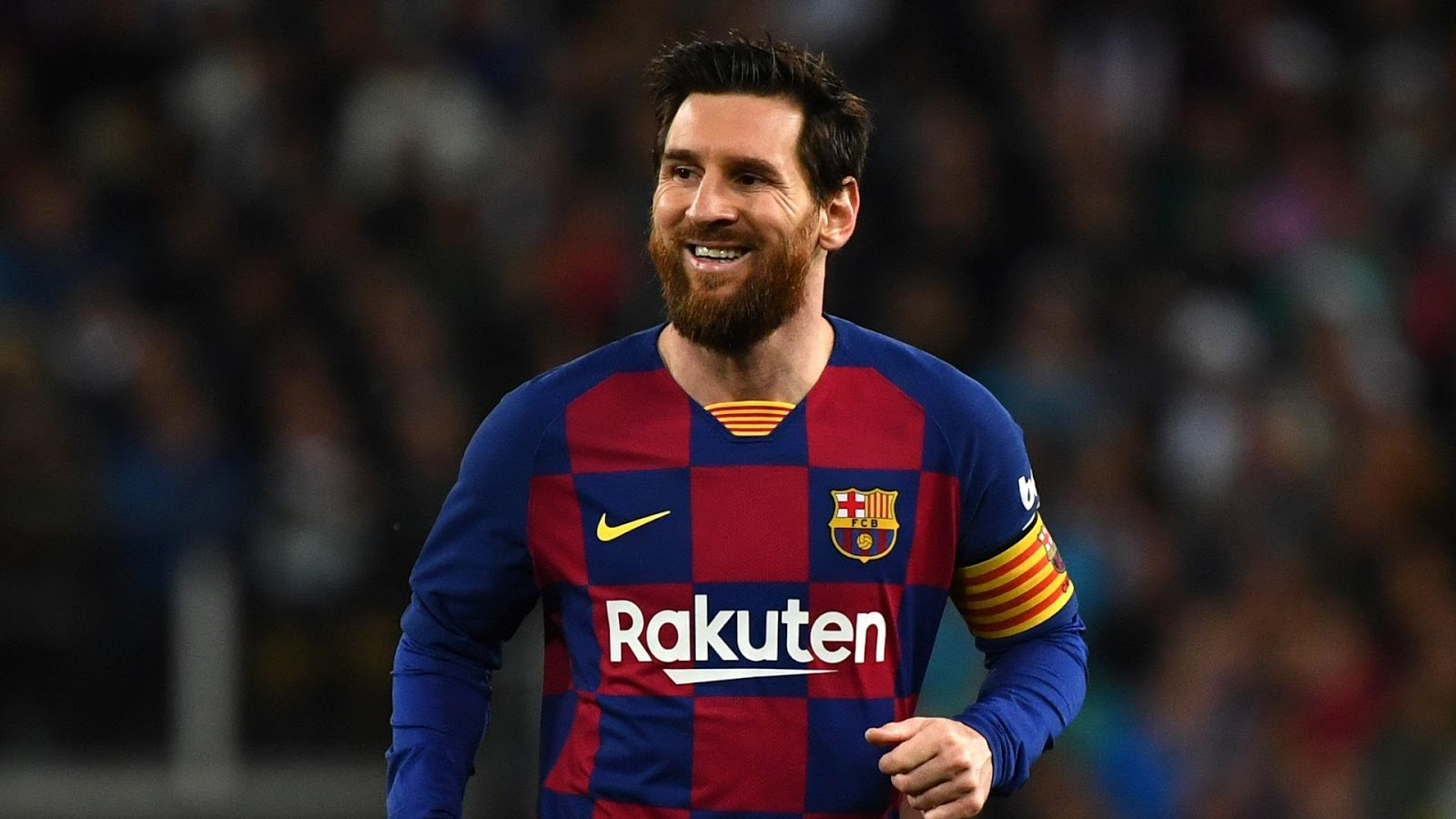Messi has a low centre of gravity so he is super agile and can change direction super fast/ Ph: goal.com