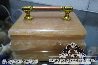 kotak perhiasan marmer
