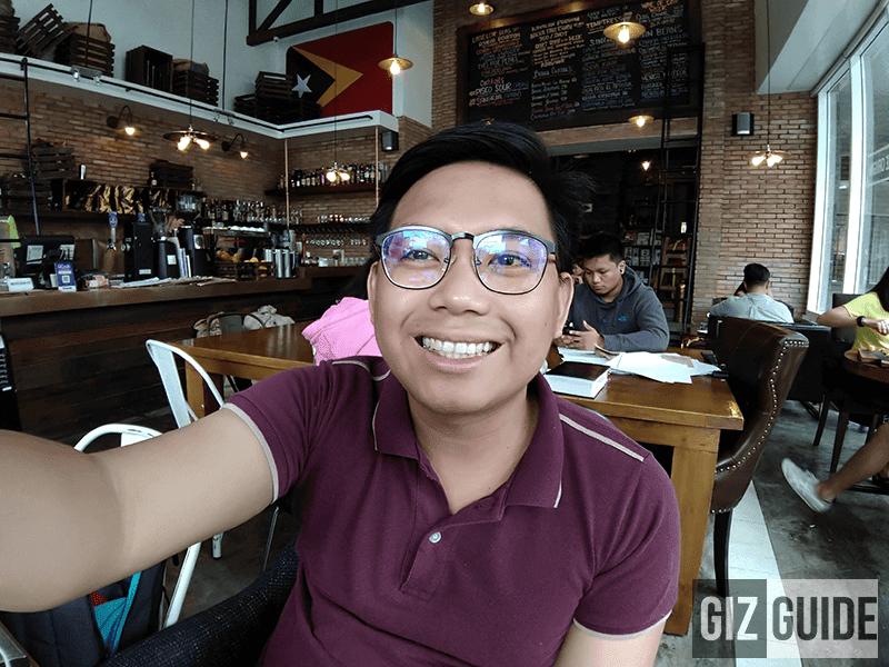 Wide selfie well-lit 1