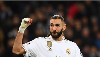 كريم بنزيما يتخطى رقم دي ستيفانو بقميص ريال مدريد في دوري الأبطال