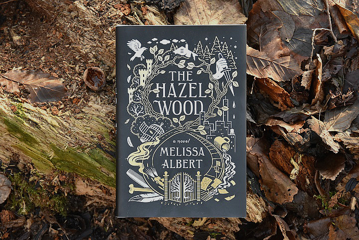 Buch-The-Hazel-Wood-von-Melissa-Albert