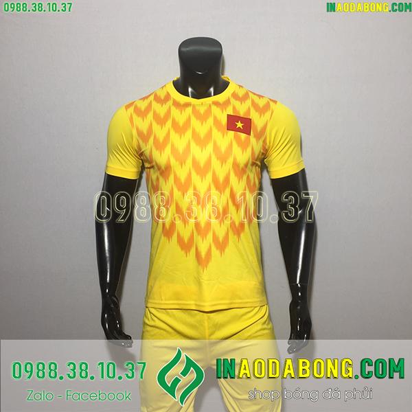 Áo bóng đá đội tuyển Việt Nam 2020 màu vàng