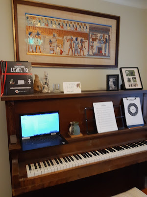 reflections on a year of piano lessons by a dedicated (and untalented) student