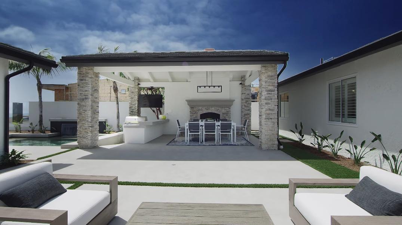 33 Photos vs. Tour 4533 Perham Rd, Corona Del Mar, CA Luxury Home Interior Design