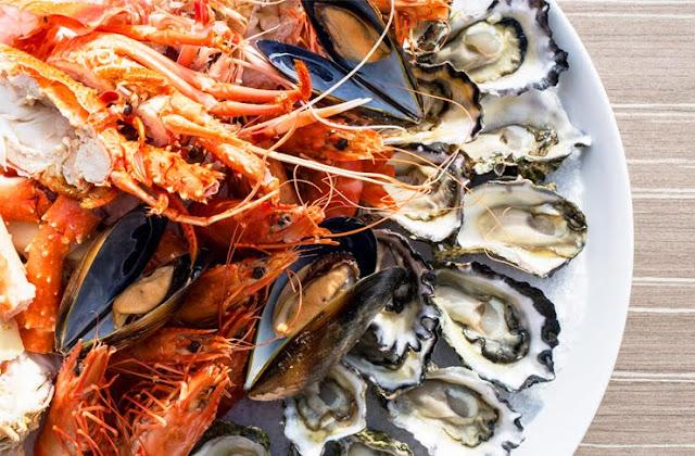 Jennifer Phạm rất yêu thích hải sản