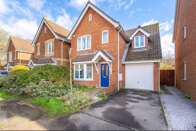 3 bed house, Nicolson Close, Tangmere