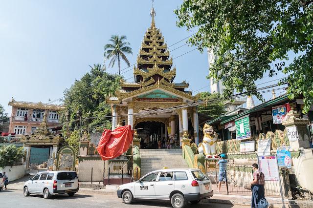 Pagode Kyauk Htat Gyi-Yangon-Myanmar-Birmanie