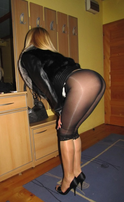Crossdresser gloryhole