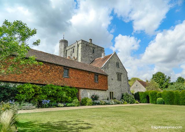 Igreja de Santa Cruz e jardim do Hospital of Saint Cross, Winchester