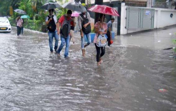 UP में बारिश का कहर, अब तक 17 की मौत, योगी सरकार मृतकों के परिजनों को देगी 4-4 लाख - newsonfloor.com