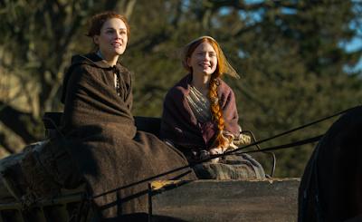 Brianna y Joan se pueden considerar hermanastras en el 4.07 de Outlander
