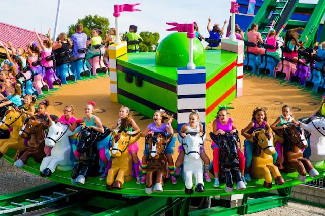 Atração Mia's Riding Adventure do Legoland Orlando
