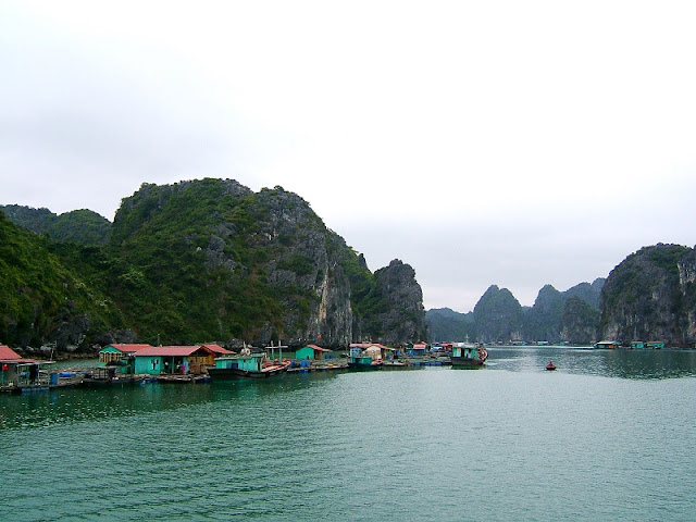 Why Ninh Binh And Halong Bay Should Be Part Of Your Vietnam Travel Plans? 2
