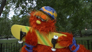Murray game skateboard, What's Missing, Sesame Street Episode 4312 Elmo and Zoe's Hat Contest season 43