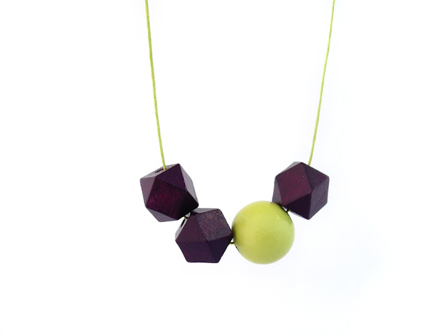 hexagon bead necklace