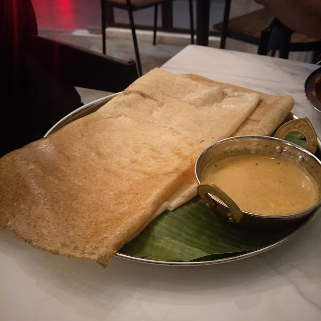 MENDOSA DI THE BANANA LEAF