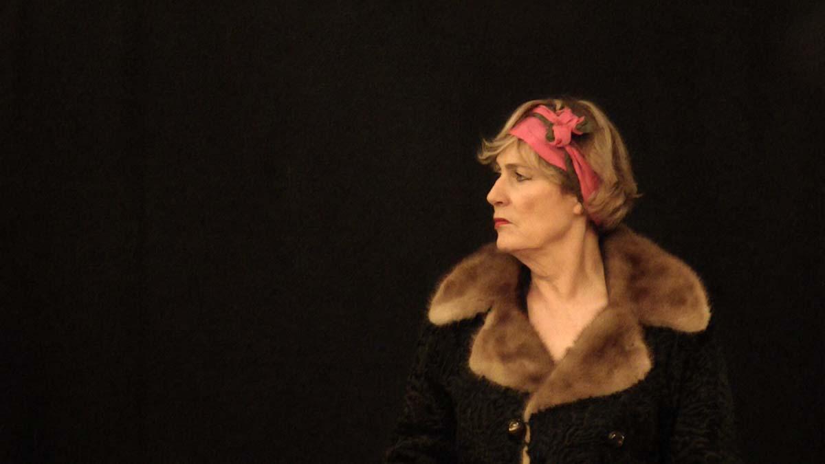 Monique Vérité dans Madame Théâtre Paris