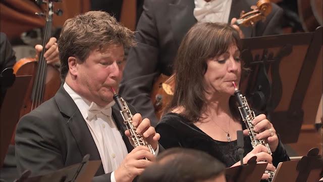 Mengenal Alat Musik dalam Orkestra versi Benjamin Britten - Blog Fisella - Oboe