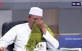 DPP FPI Nangis Minta Pemerintah Tak Dzolimi Habib Rizieq Shihab