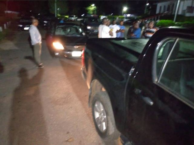 Drama As Police Bar Ondo Deputy Governor From Leaving Government House (Photos) #Arewapublisize