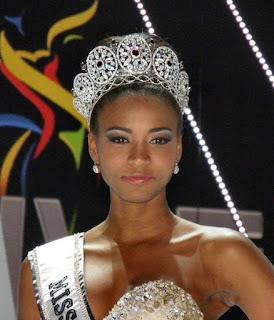 Miss universe 2015, 2016, 2017, 2018, 2019, miss universe, labelashishkumar