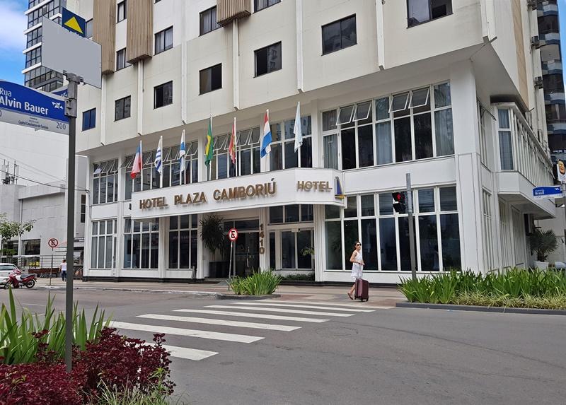 Hotel bom e barato em Balneário Camboriú