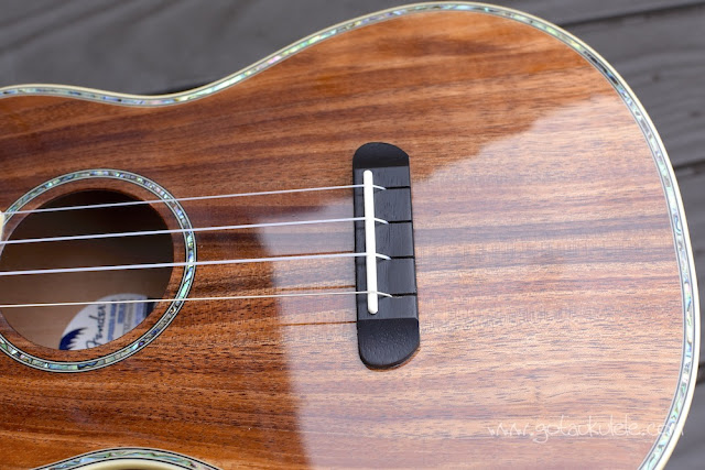 Fender Montecito Ukulele bridge