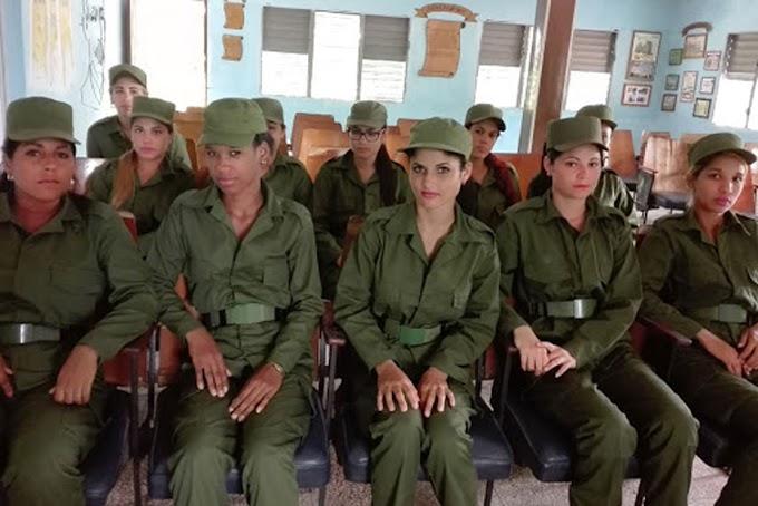 Régimen establece servicio militar para mujeres transexuales