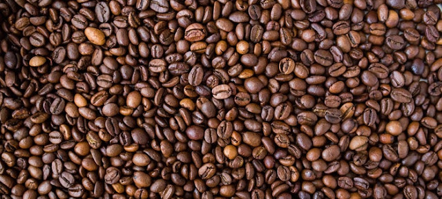Benefits of Coffee Scrub For cellulite, stretch marks, face and acne