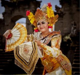 Lengkap Contoh Tari Tunggal Beserta Gambar Dan Penjelasannya Cinta Indonesia