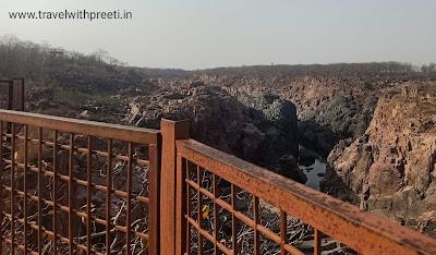 रानेह जलप्रपात खजुराहो - Raneh Falls Khajuraho