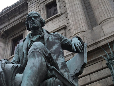 Thomas Jefferson statue in front of court house, downtown cleveland, ohio