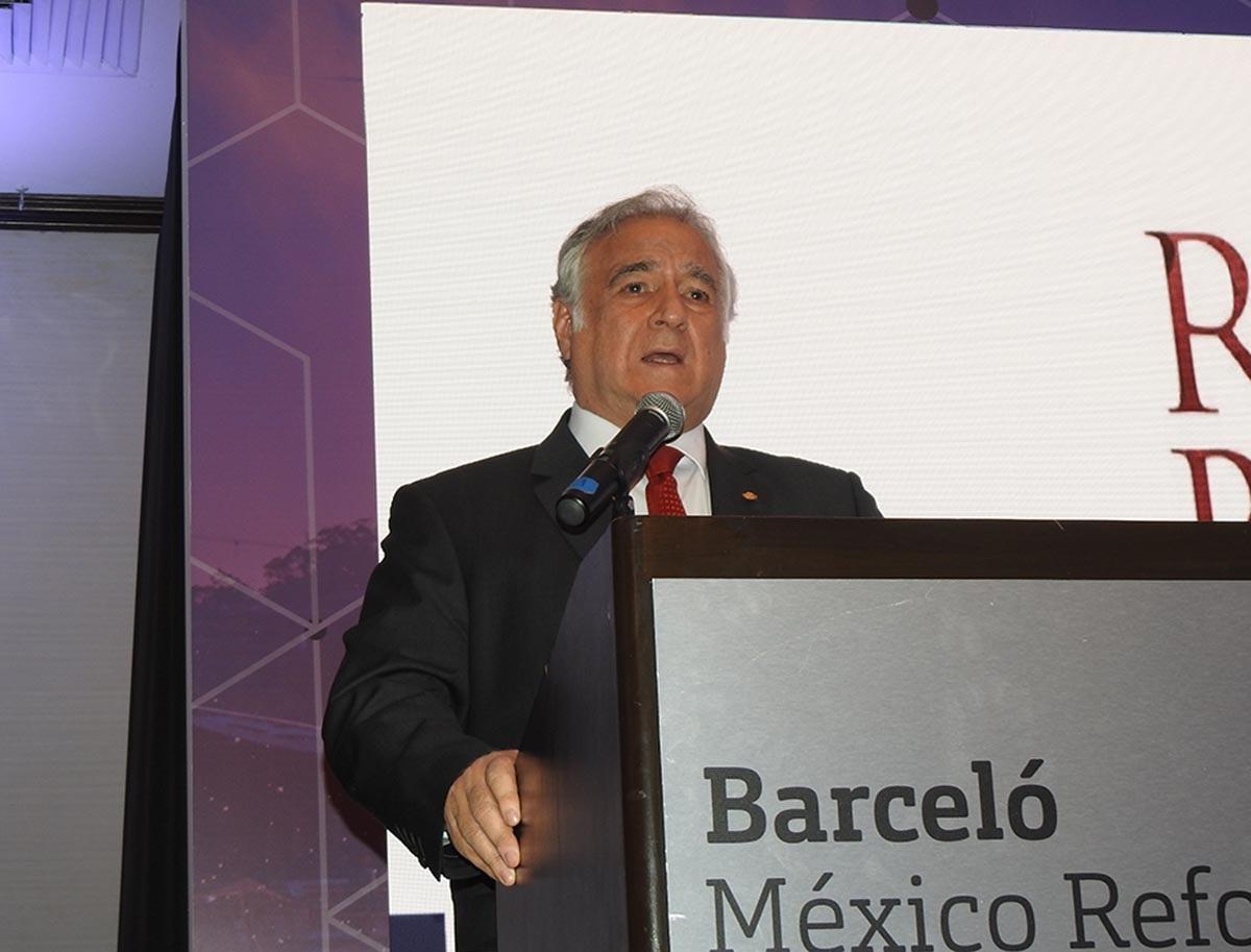 RAFAEL GARCÍA PRESIDENCIA AOCIACIÓN HOTELES CDMX 05