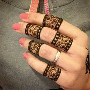 Simple Ring Mehndi Designs For Fingers