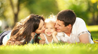 Falar palavras boas para os filhos levanta a autoestima deles, por isso é importante sempre os pais falarem palavras boas, isso é importante para o desenvolvimento deles. Veja no blog algumas  palavras pra falar com os filhos