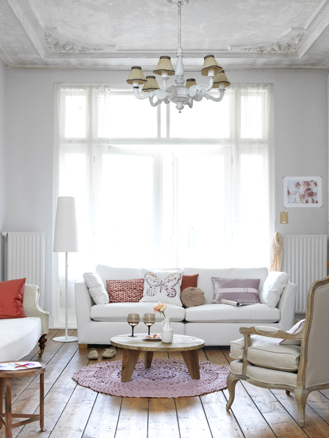 Feminine Living Room Design