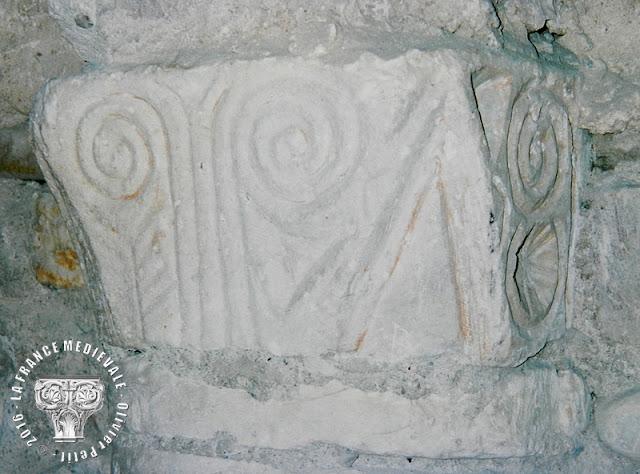 SAINT-JEAN-DE-MAURIENNE (73) - Crypte romane
