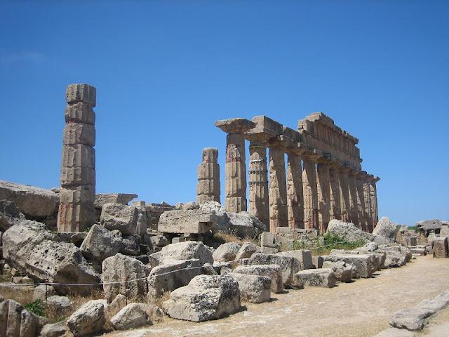 Selinunte - Templo C en la Acrópolis