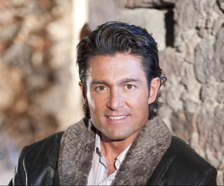 Six Pack Abs Model Fernando Colunga Sexy Pictures