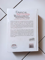 Cover Belakang Manajemen Kelembagaan Keuangan