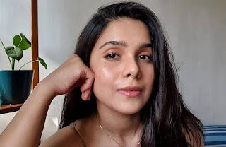 रश्मि अगडेकर ने स्वस्थ दिखने वाली त्वचा के लिए अपने गुप्त स्किनकेयर रूटीन का खुलासा किया