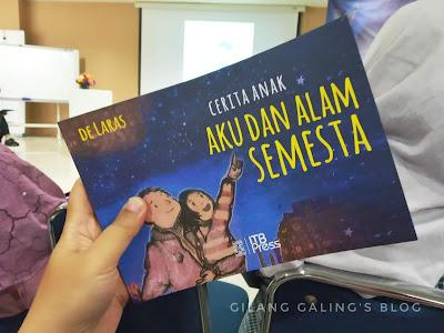 buku aku dan alam semesta