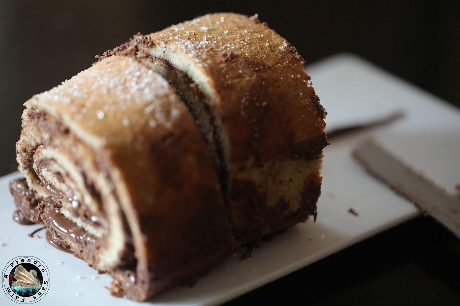 Gâteau vanille Nutella, praliné aux noisettes et crème à la  fleur d'oranger (pas à pas en photos)