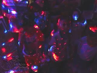 recreacionistas-medellin-chiquiteca-efectos-de-luces-para-fiestas-infantiles-8