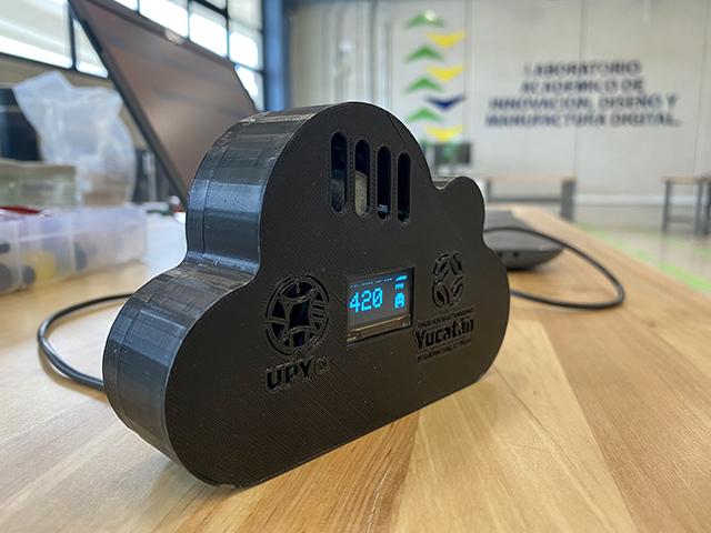 Estudiantes y docentes de la UP Yucatán desarrollan monitor de CO2 para un retorno seguro a actividades presenciales.