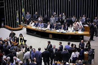 Câmara rejeita denúncia contra Michel Temer
