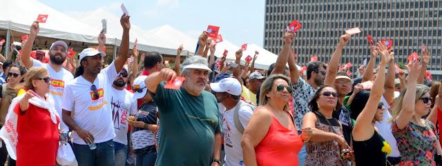 Assembléia Grtal do Sinpro/DF Foto Joaquim Dantas